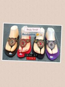 sandal model baru 2013 buatan bali